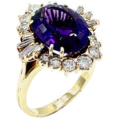 6.51 Carat Oval Amethyst and Diamond Yellow Gold Cocktail Ring