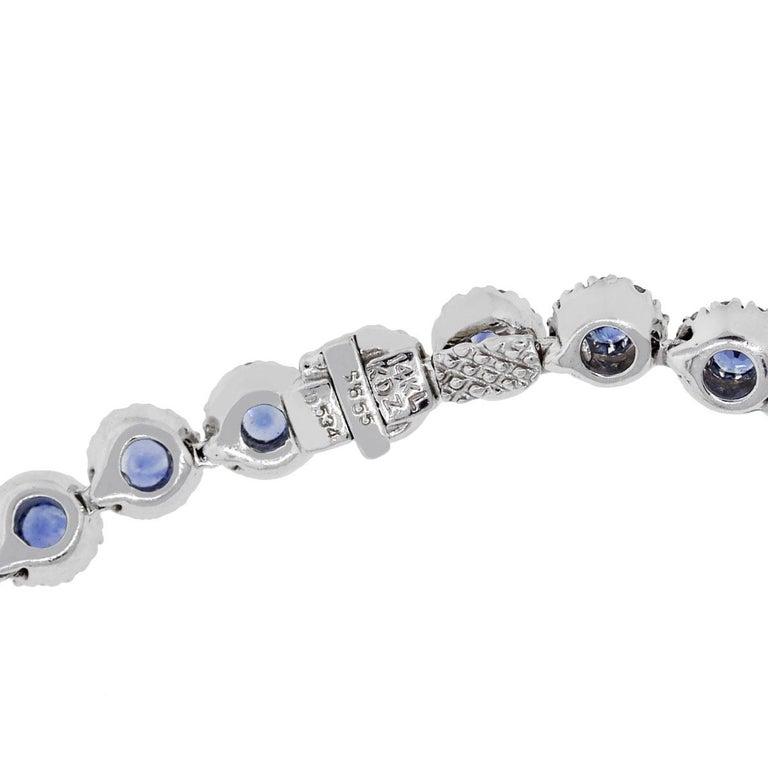 Round Cut 6.55 Carat Blue Sapphire Necklace For Sale