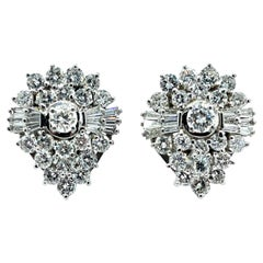 6.57 Carats Round Brilliant and Baguette Diamond Cluster Platinum Earrings