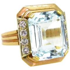 6.5 Carat Aquamarine Diamonds Yellow Gold Cocktail Fashion Retro Ring