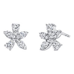 .66 Carat Diamond 18 Karat White Gold Floral or Starburst Stud Earrings