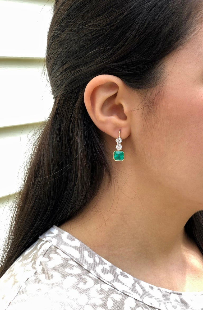 6.60 Carat Colombian Emerald and Old European Diamond Dangle Earrings For Sale 5