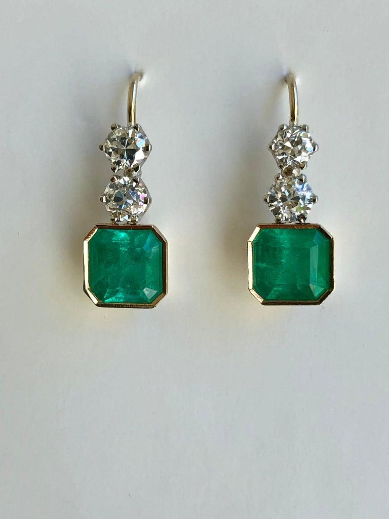 Women's 6.60 Carat Colombian Emerald and Old European Diamond Dangle Earrings For Sale