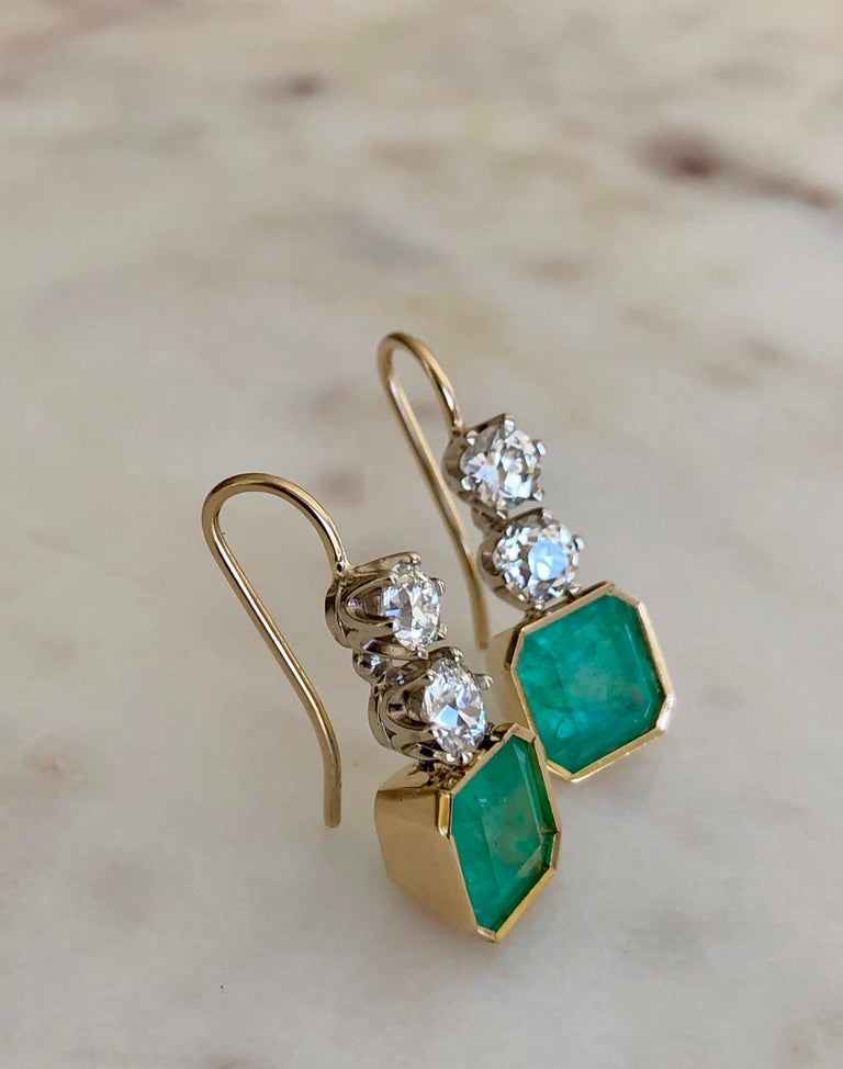 6.60 Carat Colombian Emerald and Old European Diamond Dangle Earrings For Sale 2