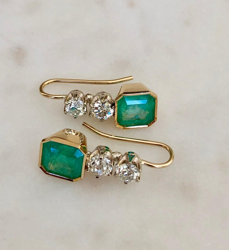 6.60 Carat Colombian Emerald and Old European Diamond Dangle Earrings For Sale 6