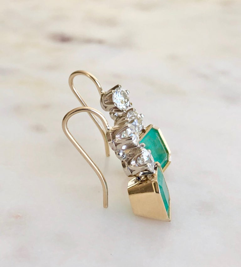 6.60 Carat Colombian Emerald and Old European Diamond Dangle Earrings For Sale 3