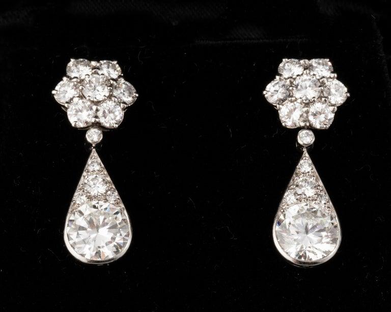 6.60 Carat Diamonds French Art Deco Earrings For Sale 7