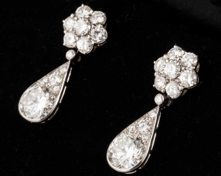 6.60 Carat Diamonds French Art Deco Earrings For Sale 8