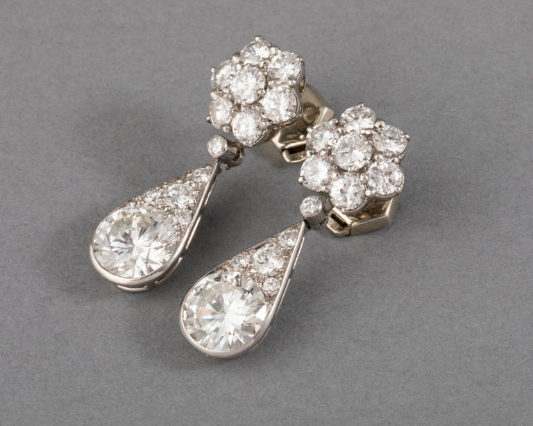 6.60 Carat Diamonds French Art Deco Earrings In Good Condition For Sale In Saint-Ouen, FR