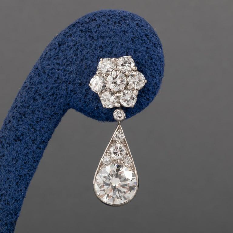 6.60 Carat Diamonds French Art Deco Earrings For Sale 2