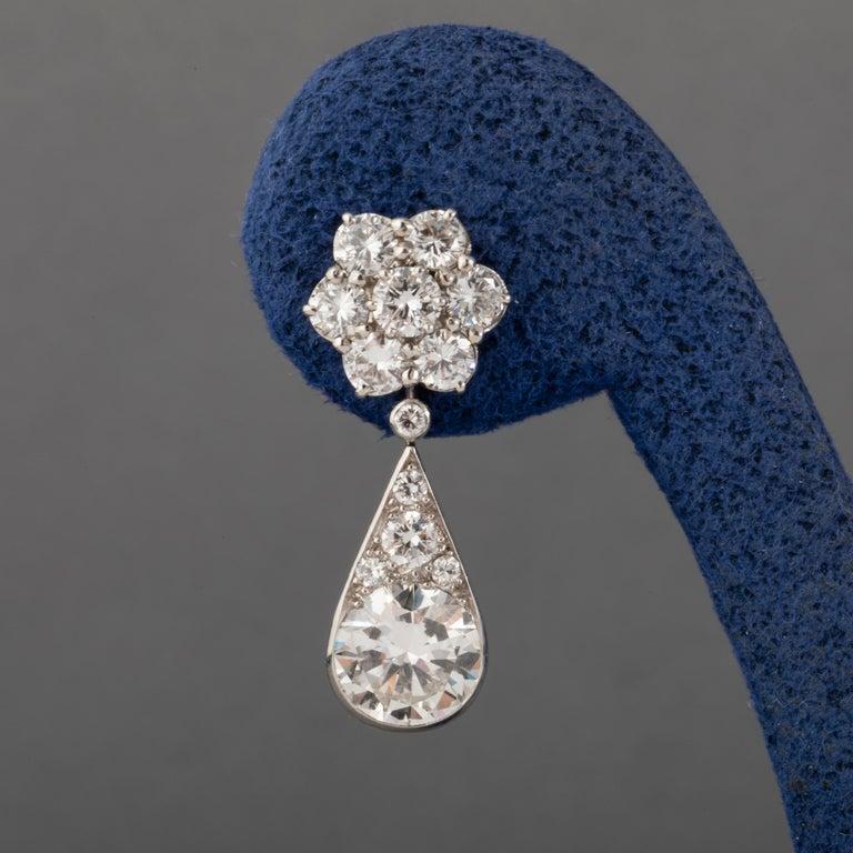 6.60 Carat Diamonds French Art Deco Earrings For Sale 3