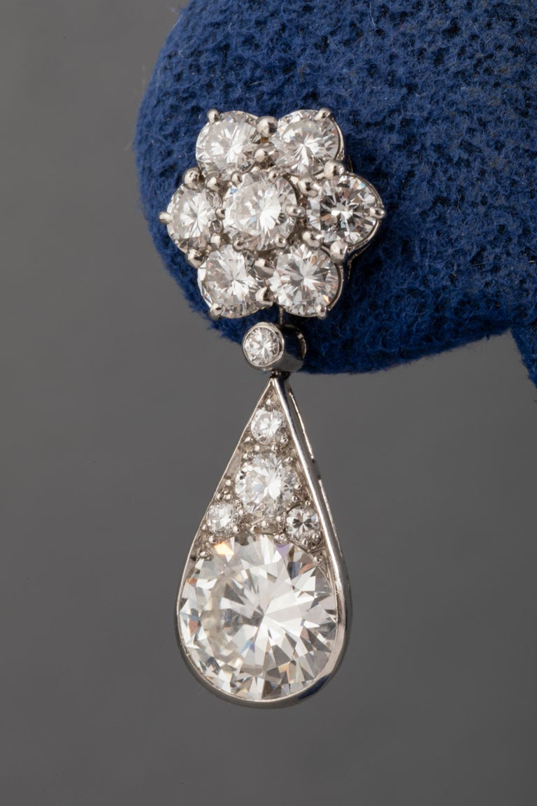 6.60 Carat Diamonds French Art Deco Earrings For Sale 4