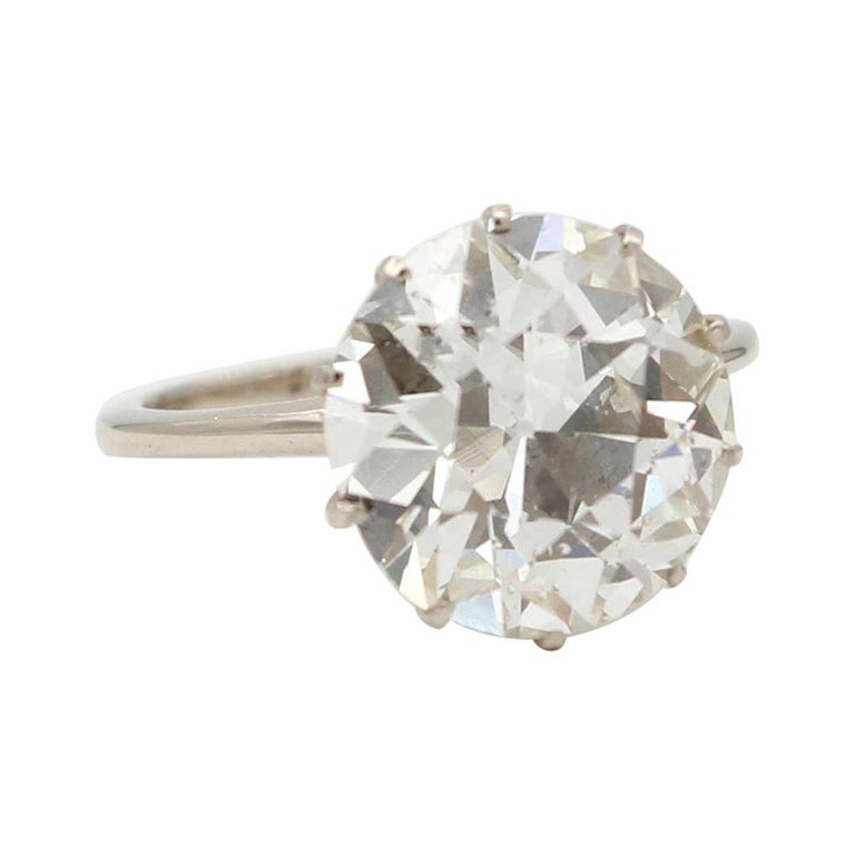 6.60 Ct Diamond, 18kt White Gold Solitaire/Engagement Ring For Sale
