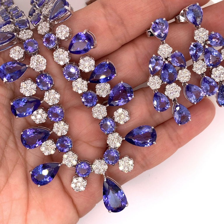 66.36 Carat Tanzanite Necklace Earrings Set For Sale 2