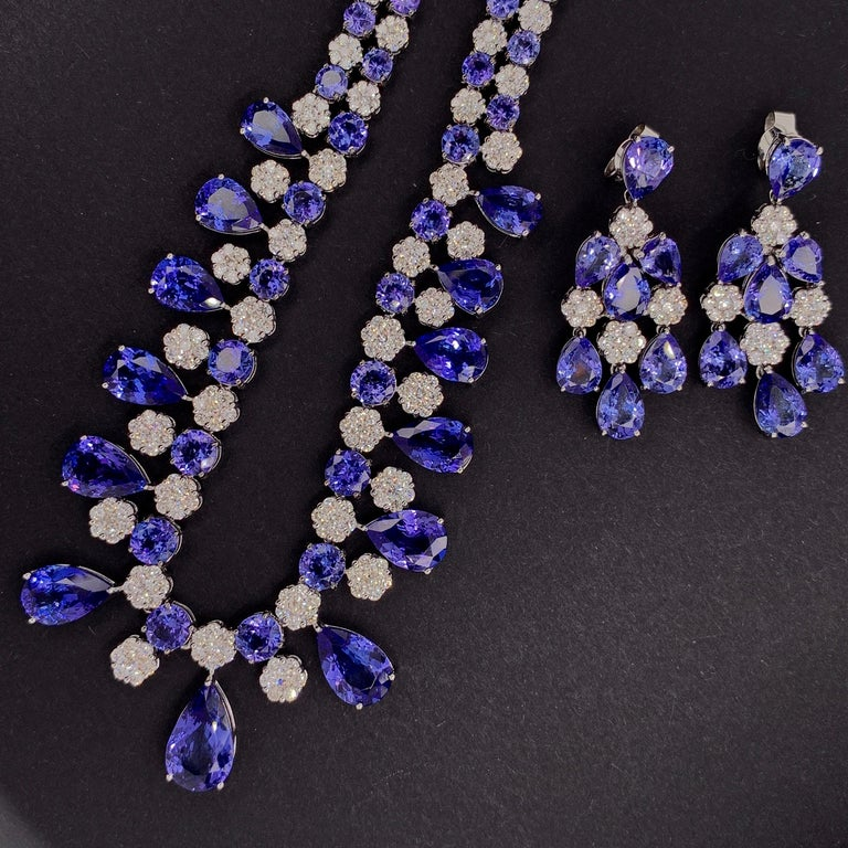 66.36 Carat Tanzanite Necklace Earrings Set For Sale 3
