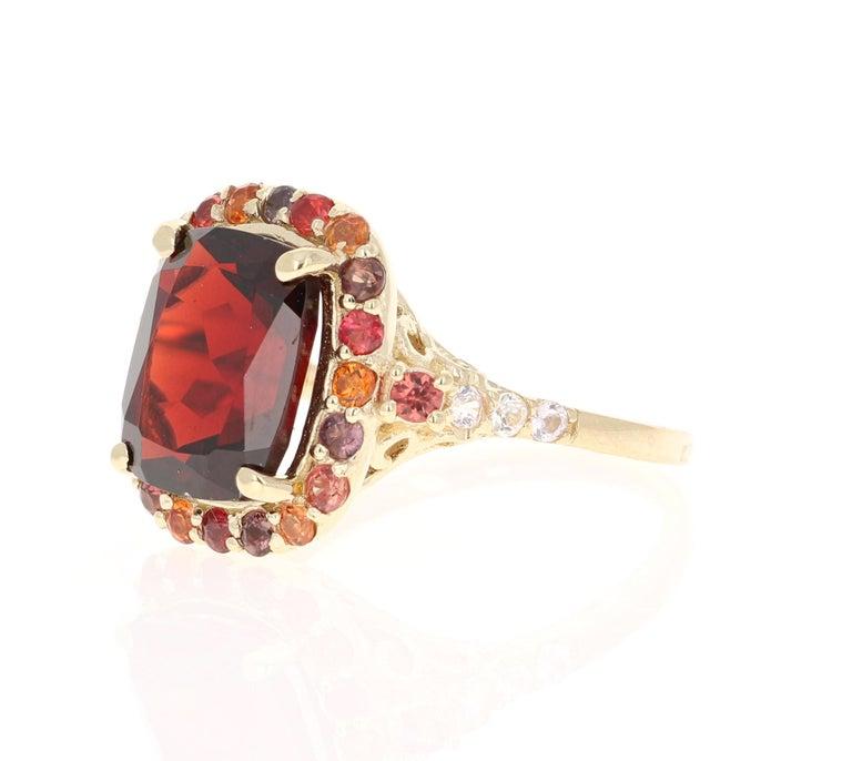 Modern 6.66 Carat Garnet Sapphire Diamond 14 Karat Yellow Gold Ring For Sale