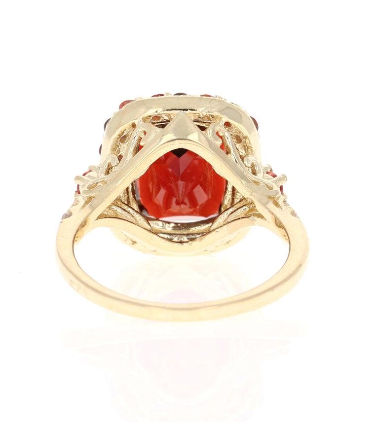 Oval Cut 6.66 Carat Garnet Sapphire Diamond 14 Karat Yellow Gold Ring For Sale