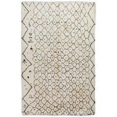 Modern Moroccan Berber Azilal Rug, 100% Wool