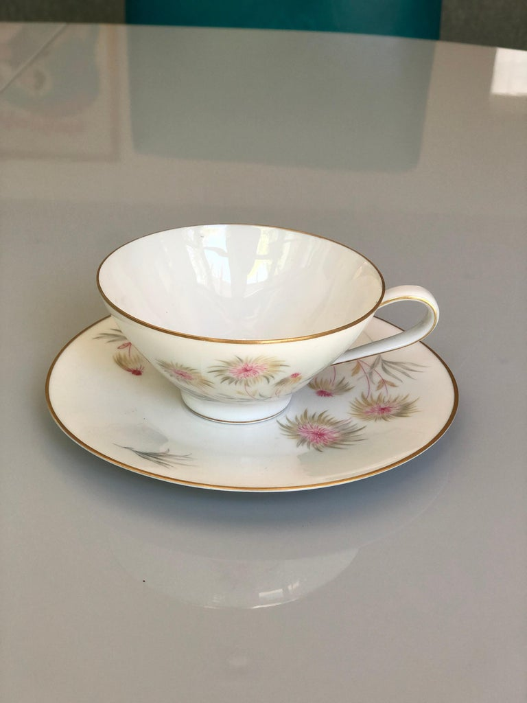 67-Piece Floral / Bird Pink Yellow Green Gold and Ivory Porcelain Dinner Service 2