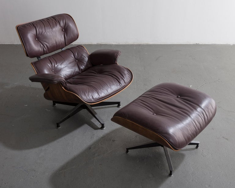670 Lounge Chair & Ottoman in Rosewood & Leather by Charles and Ray Eames, 1958 For Sale 7