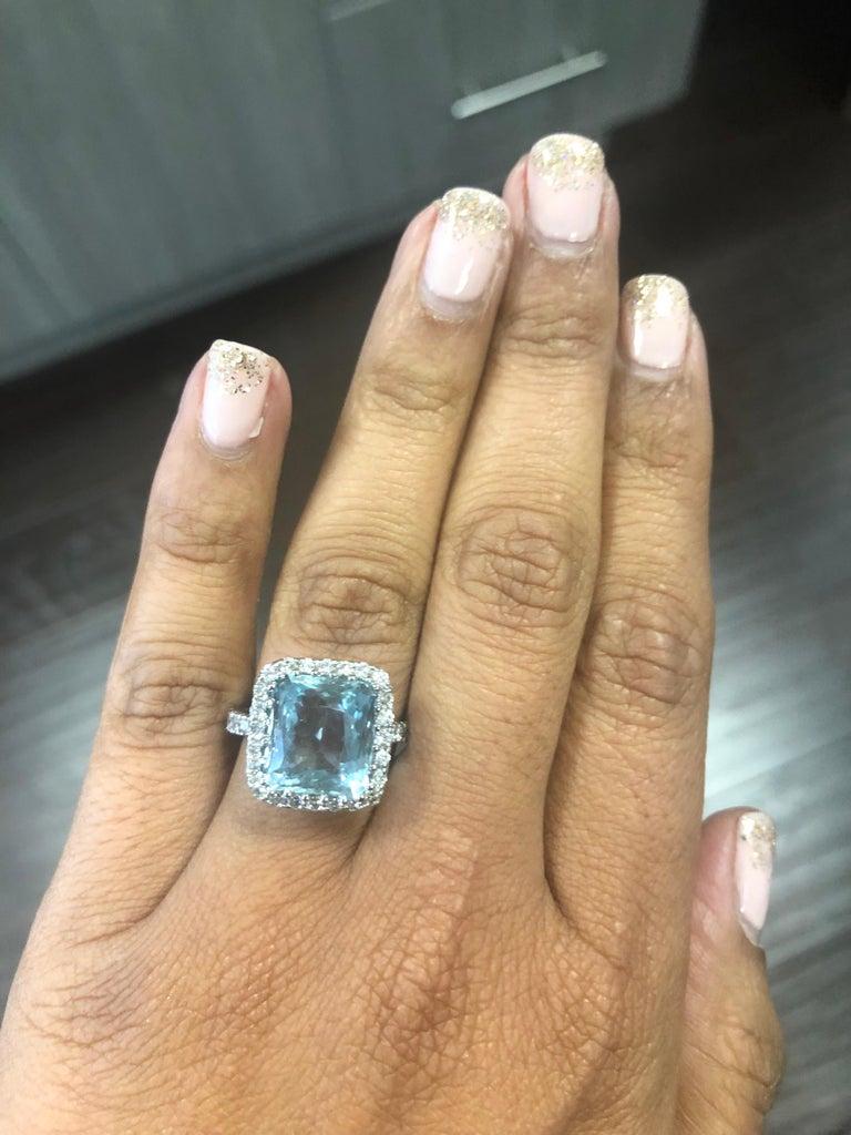 Women's 6.72 Carat Aquamarine Diamond 18 Karat White Gold Cocktail Ring For Sale