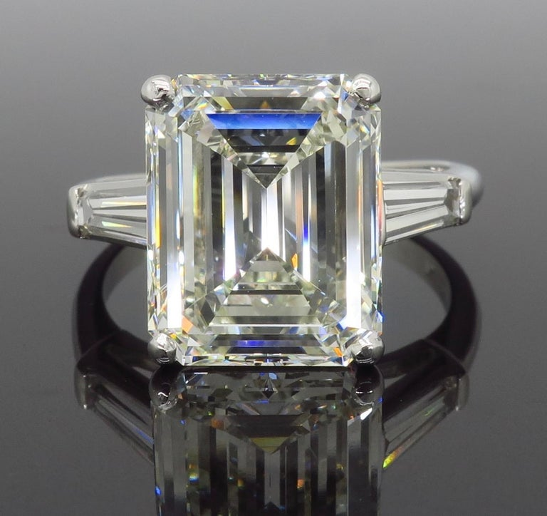 Women's 6.81 Carat Emerald Cut Diamond Ring For Sale