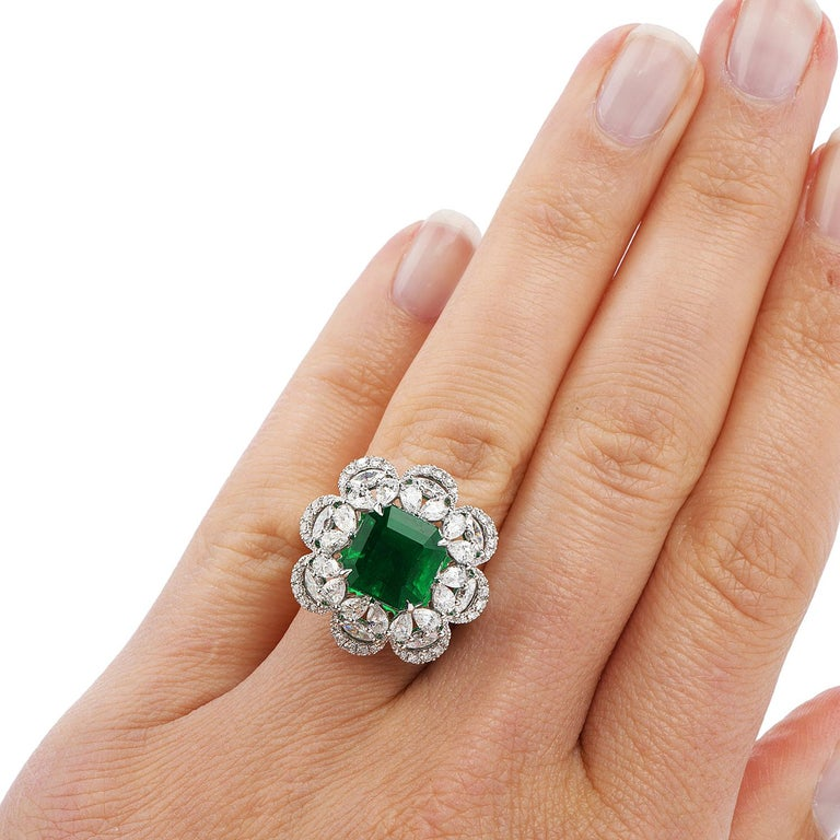 6.96 Carat Colombian Emerald Diamond 18 Karat Gold Large Cocktail Ring For Sale 1