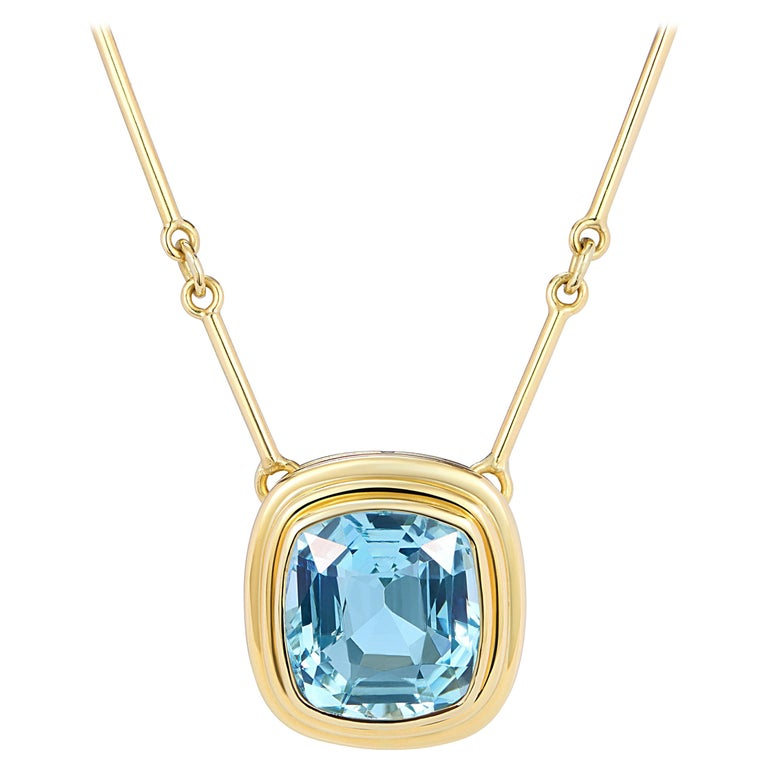 Minka, Certified 6.97ct Aquamarine Necklace with Gold Chain For Sale