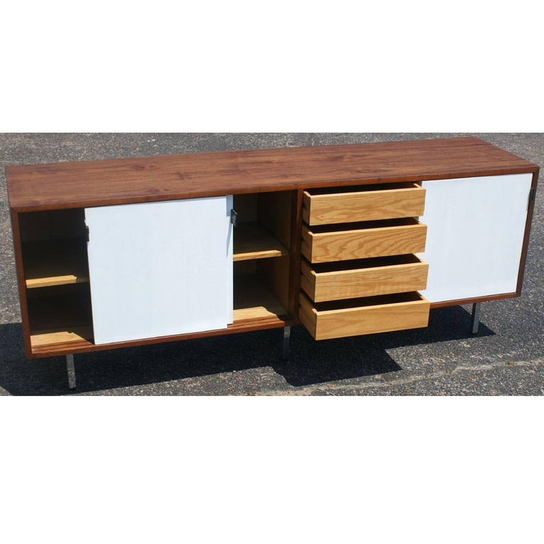 Mid-Century Modern Vintage Midcentury Florence Knoll Credenza For Sale