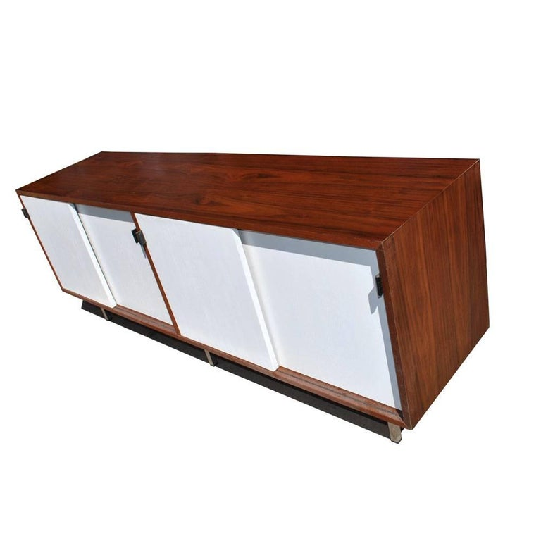 20th Century Vintage Midcentury Florence Knoll Credenza For Sale
