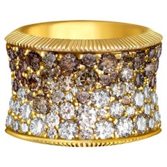 7 Carat Cognac, Champagne and White Diamonds pave 14 Karat Yellow Gold Ring