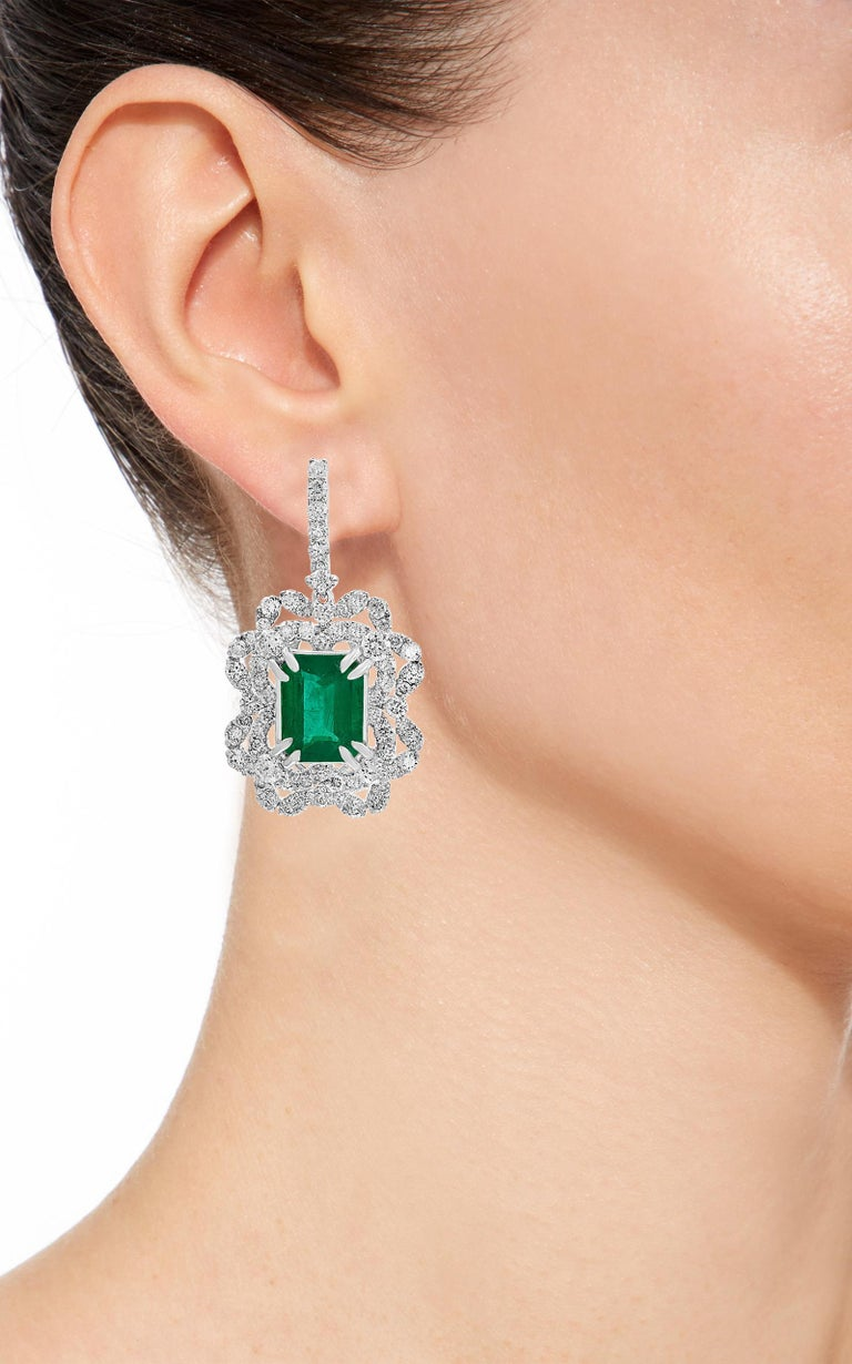 7 Carat Colombian Emerald Cut Emerald Diamond Hanging Earrings 18 Karat Gold In New Condition For Sale In New York, NY