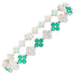 7 Carat Emerald and Diamond Clover Tennis Bracelet 18 Karat White Gold