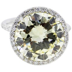 7 Carat Fancy Yellow Round Diamond Engagement Ring in Platinum