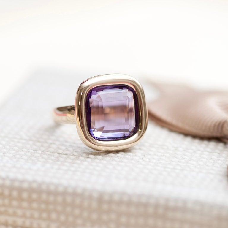 7 Carat Natural Brazilian Purple Amethyst 14 Karat Yellow Gold Ring For Sale 4