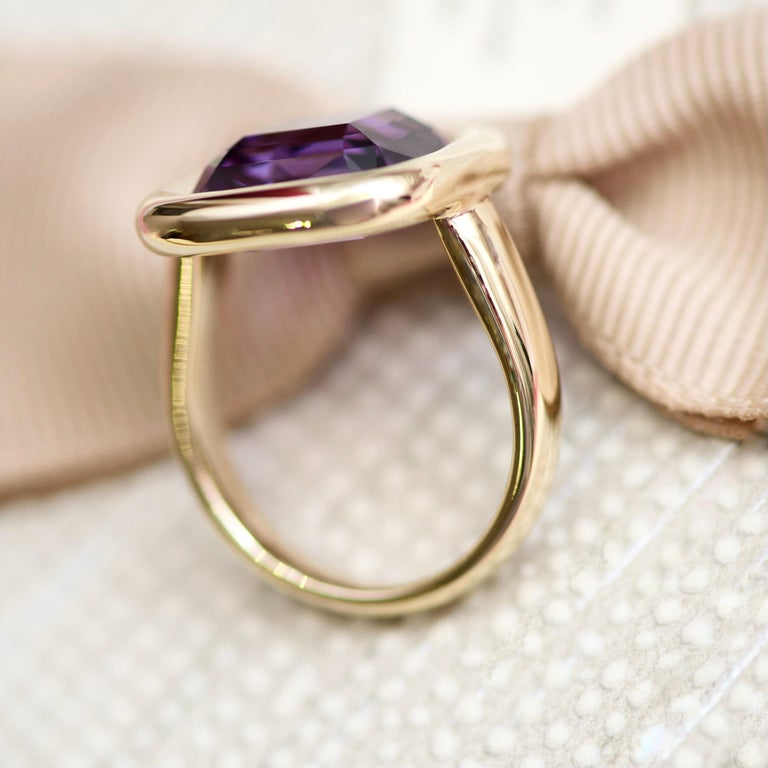 7 Carat Natural Brazilian Purple Amethyst 14 Karat Yellow Gold Ring In New Condition For Sale In Yerevan, AM