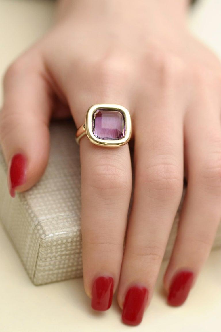 Women's 7 Carat Natural Brazilian Purple Amethyst 14 Karat Yellow Gold Ring For Sale