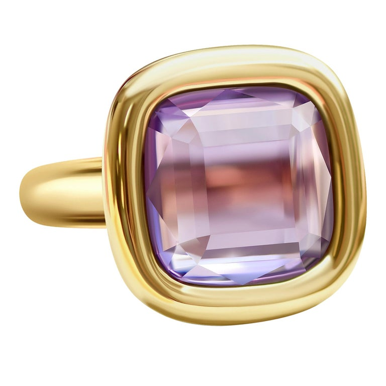 7 Carat Natural Brazilian Purple Amethyst 14 Karat Yellow Gold Ring For Sale