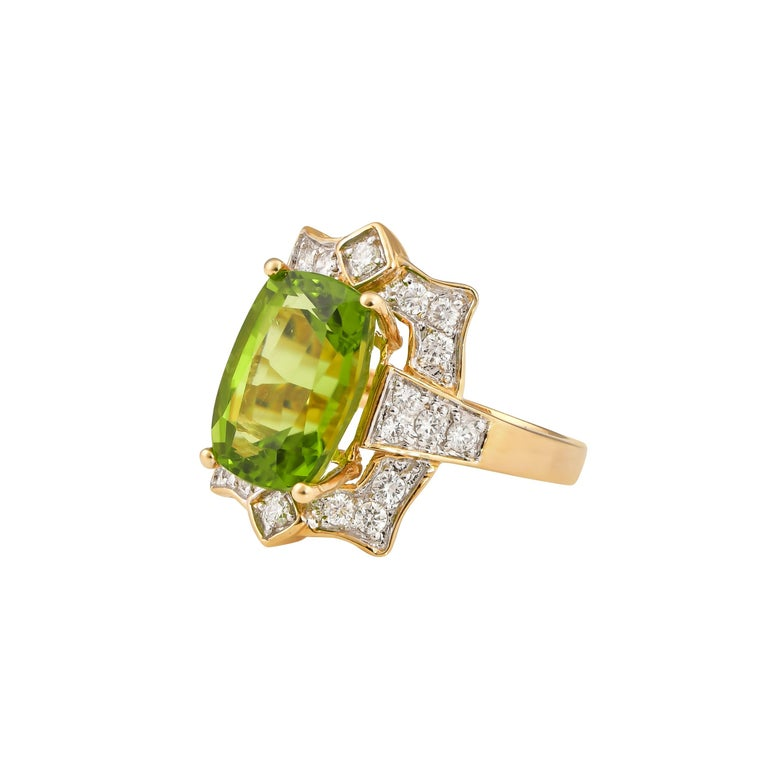 Cushion Cut 7 Carat Peridot and Diamond Ring in 18 Karat Yellow Gold For Sale