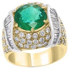 7 Carat Round Colombian Emerald and Diamond 18 Karat Gold Ring, Estate, Unisex