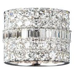 7 Carat VVS/VS Clarity F Color Diamond Band Ring 18 Carat White Gold