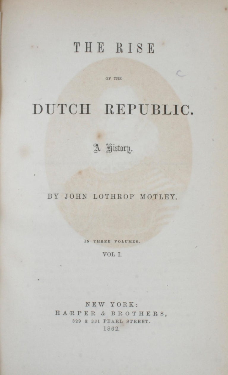 7 Volume Leather Bound Set, Dutch Republic and United Netherlands, First Edition In Good Condition For Sale In Kinderhook, NY
