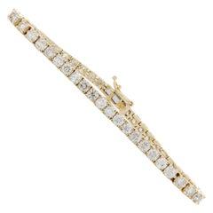 7.00 Carat 4-Prong Round Diamond Tennis Bracelet in 14 Karat Yellow Gold