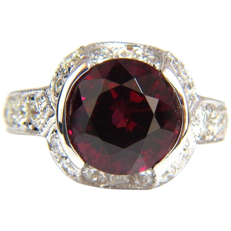 379f90046a7f9 7.00 Carat Natural Round Crimson Red Hessonite Garnet Diamonds Ring 14 Karat