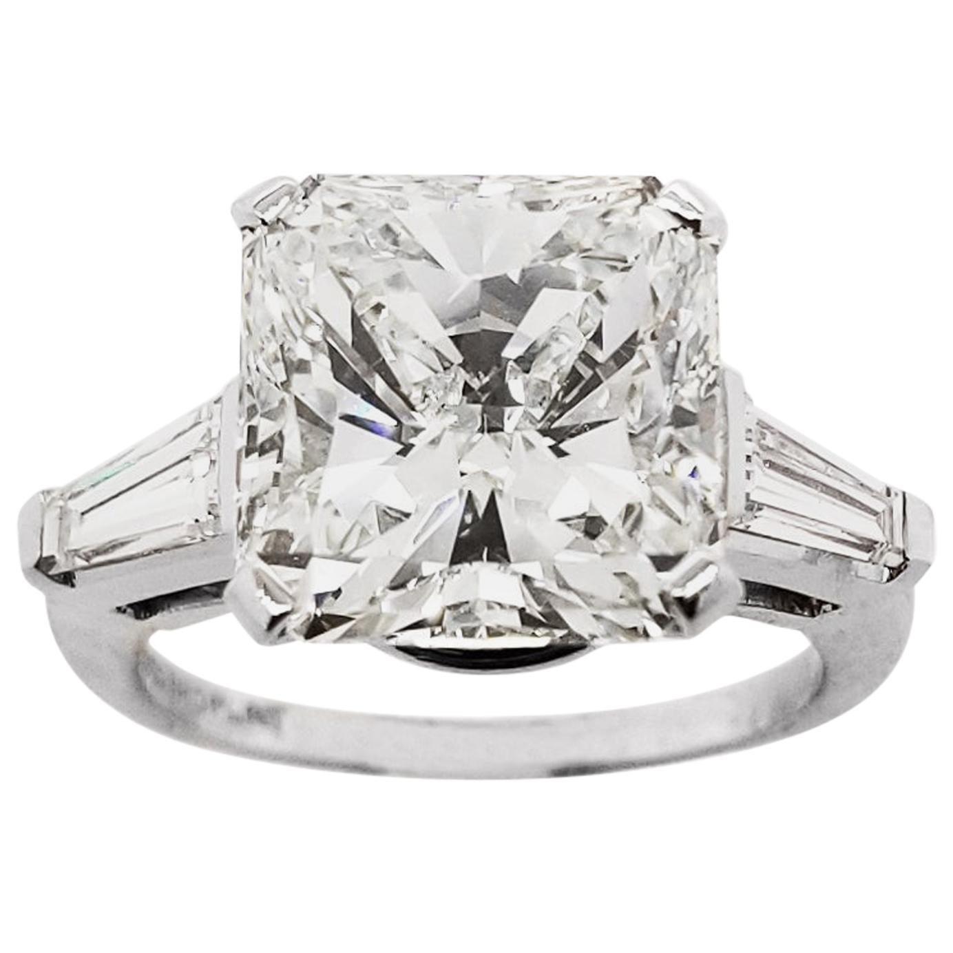 7 Carats Radiant Cut Diamond Engagement Ring in Platinum, IGI