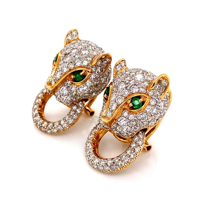 7.05 Carat Diamond Door Knocker Panther Gold Earrings Estate Fine Jewelry In Excellent Condition For Sale In Montreal, QC