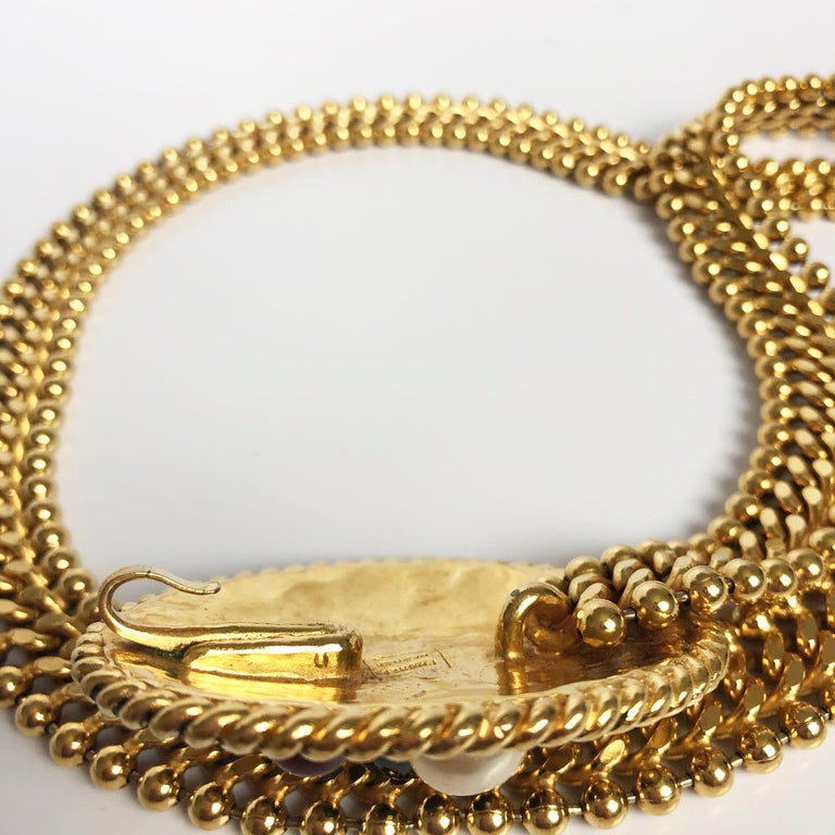 70s Chanel Byzantine Chain Belt with Faux Pearl Red Green Poured Glass Buckle M For Sale 8