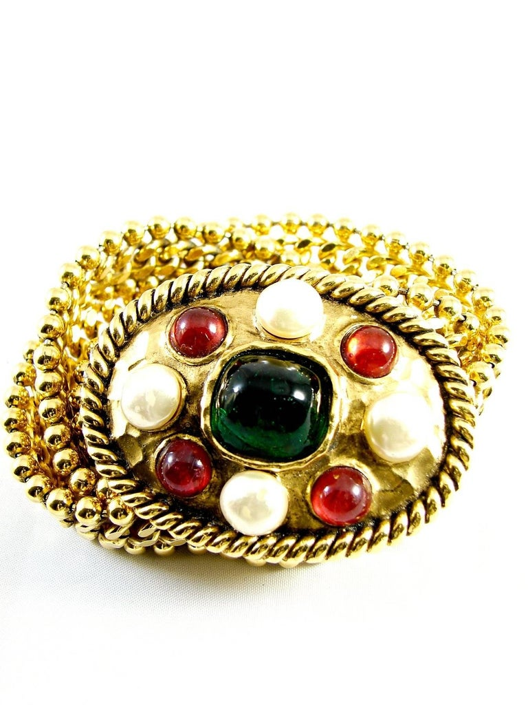 70s Chanel Byzantine Chain Belt with Faux Pearl Red Green Poured Glass Buckle M For Sale 1
