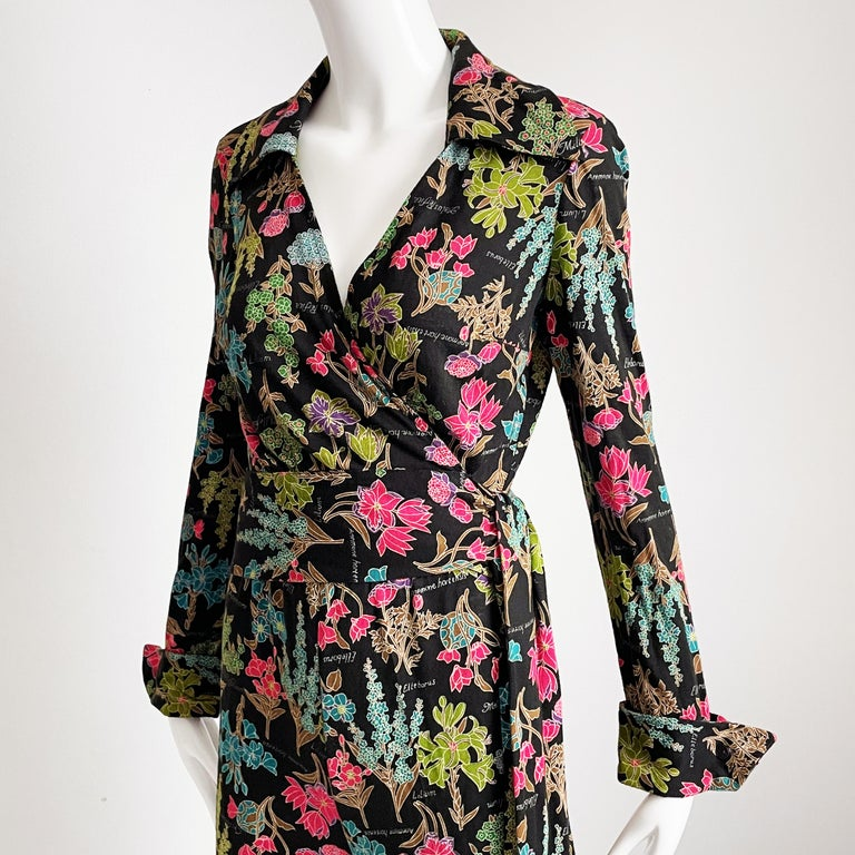 70s Diane Von Furstenberg Blouse and Pants Set Floral Jersey Sz 12 In Good Condition For Sale In Port Saint Lucie, FL