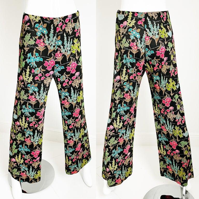 70s Diane Von Furstenberg Blouse and Pants Set Floral Jersey Sz 12 For Sale 2